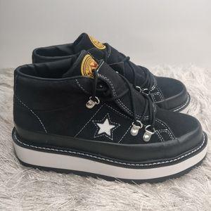 New Converse black mid boot sz 6
